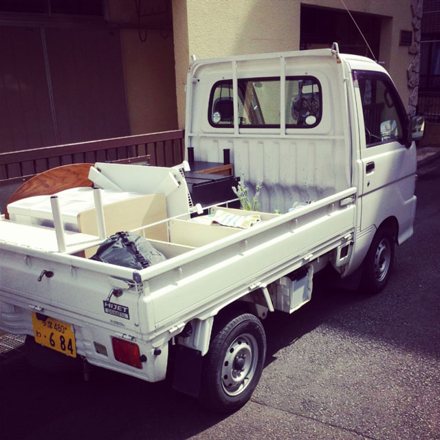引越しのレンタカーのトラック