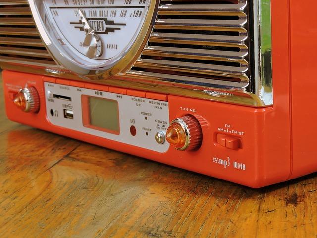 旧式ラジオ